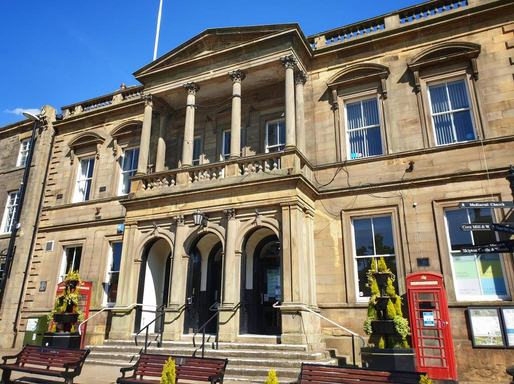 Front of Skipton Town Hall